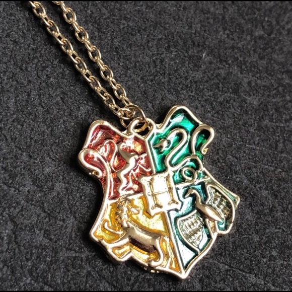 """Jewelry - Harry Potter """"houses"""" pendant necklace"""